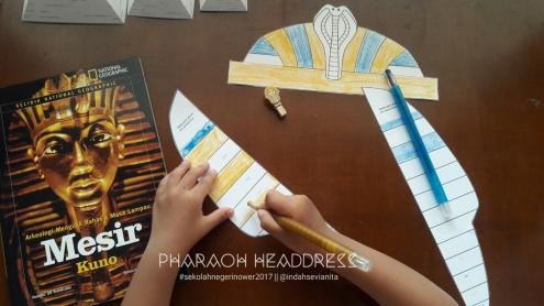 Hiasan Kepala Firaun